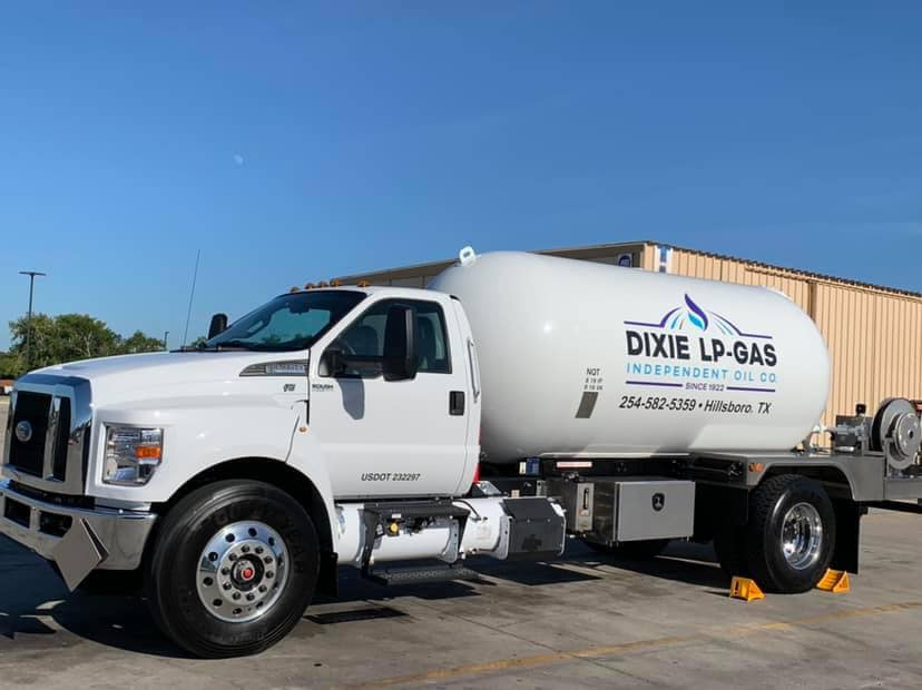 Dixie Fuel Truck in Hillsboro, TX
